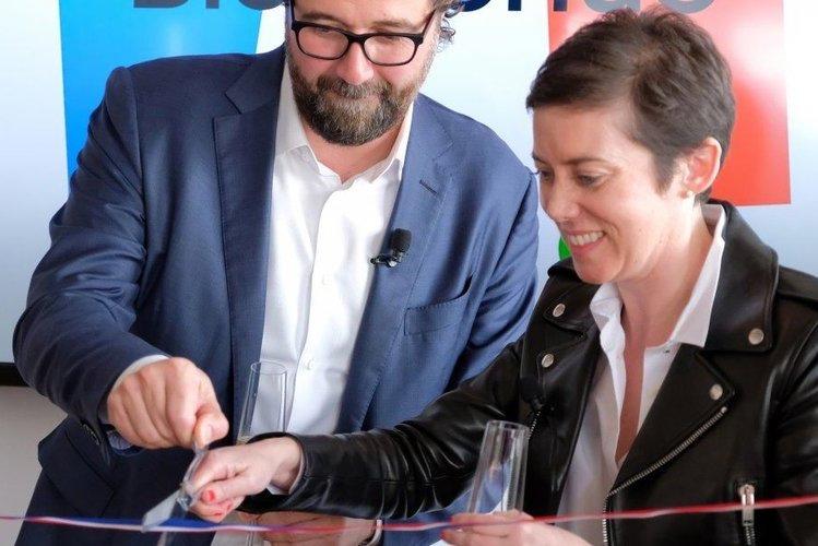 Mikkel Svane and Rachel Delacour.
